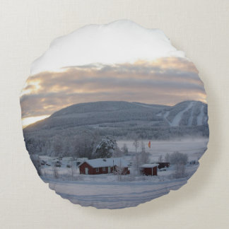 Winter Morning #1 Round Pillow