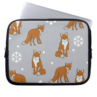 Winter Red Foxes Pattern Laptop Sleeve