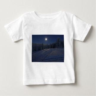 winter scene at night baby T-Shirt