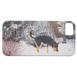 Winter snow scene with cute black and tan dog iPhone SE/5/5s case