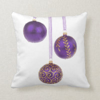 Winterberry Amethyst Purple Lavender Christmas Throw Pillow