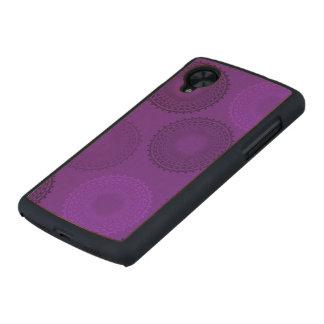 Winterberry Violet Lace Doily Carved® Maple Nexus 5 Slim Case