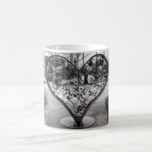 Wire Heart Basic White Mug