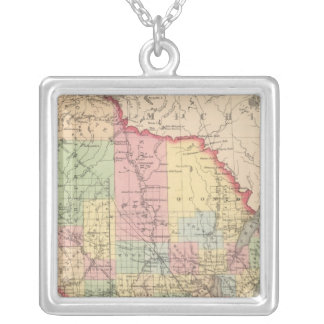 Wisconsin 7 silver plated necklace