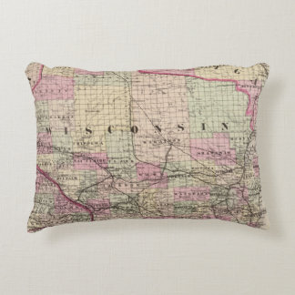 Wisconsin 9 accent pillow