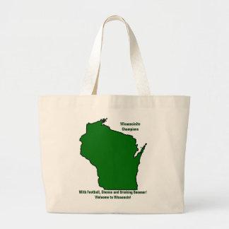 Wisconsinite defiende fútbol, el queso y la bolsa de tela grande