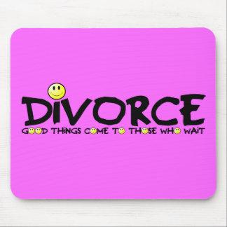 Witty divorce slogan mousemat