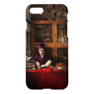 Wizard -  in training 1898-1946 iPhone 8/7 case