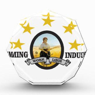 wl farming industry acrylic award