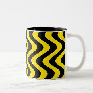 Wobbly Waves (Yellow/Black) Two-Tone Coffee Mug