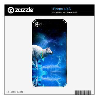 Wolf and Moon Skin For iPhone 4