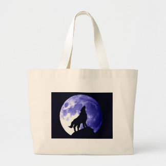 Wolf Howling at Moon Tote Bags