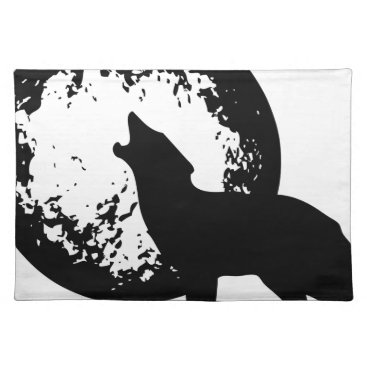 Beach Themed Wolf Howling at Moon Cloth Placemat
