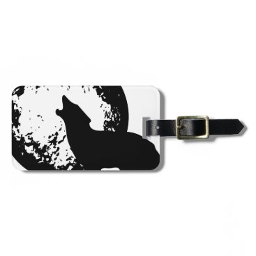 Beach Themed Wolf Howling at Moon Luggage Tag
