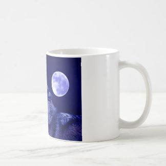 Wolf Howling at Moon Coffee Mug