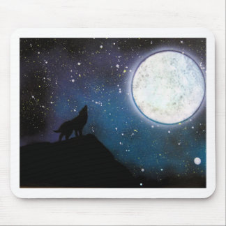 Wolf Howling at Moon Spray Paint Art Painting Mouse Pad