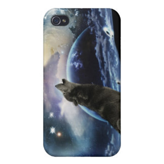 Wolf howling at the moon iPhone 4/4S cases
