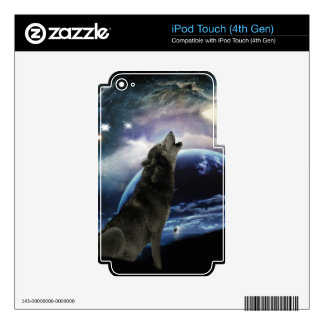Wolf howling at the moon iPod touch 4G skin