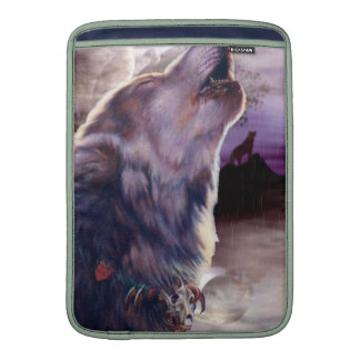 Wolf Howling at The Moon MacBook Sleeve