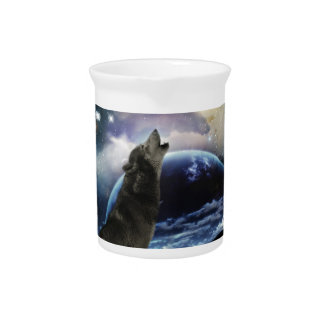 Wolf howling at the moon drink pitchers