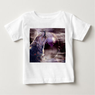 Wolf Howling at The Moon Shirts