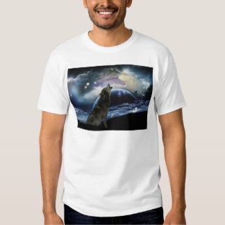 Wolf howling at the moon tee shirt