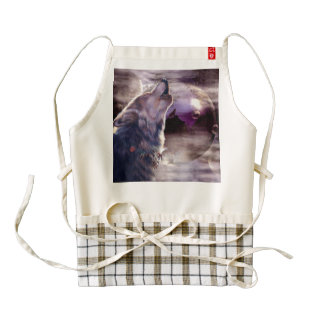 Wolf Howling at The Moon Zazzle HEART Apron