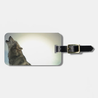 Wolf Howling in Snow Luggage Tag