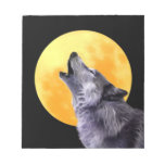 Wolf howls at the full moon memo note pads