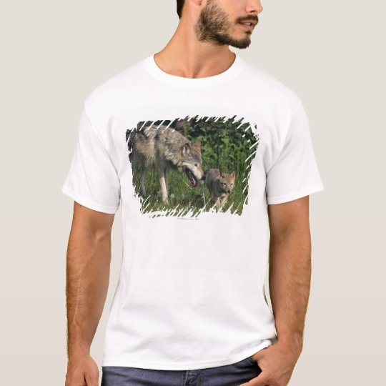 Wolf mother with young pup T-Shirt