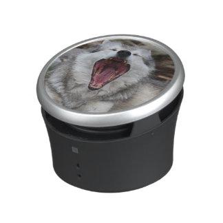 wolf speaker