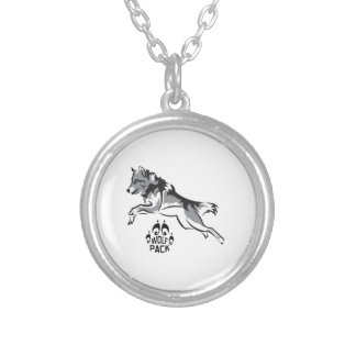 WOLF PACK ROUND PENDANT NECKLACE