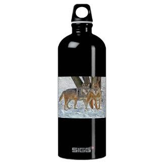Wolf Pair in Snow SIGG Traveler 1.0L Water Bottle