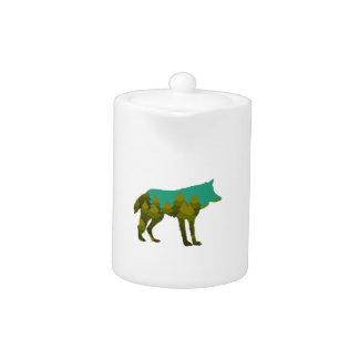 Wolf stroll teapot