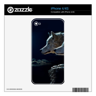 Wolf Wolves Howling at the Full Moon Decal For The iPhone 4