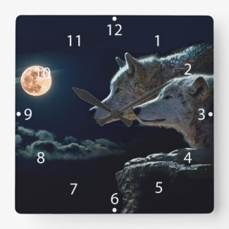 Wolves Howling Square Wall Clock