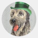 Wolfhound irlandés del día de St Patrick Etiquetas Redondas
