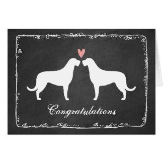 Wolfhounds irlandeses que casan enhorabuena tarjeta de felicitación