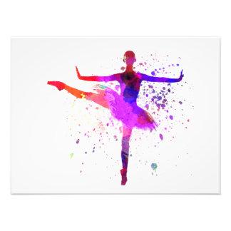 Woman ballerina ballet dancer dancing cojinete