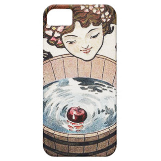 Woman Bobbing For Apples Halloween Party iPhone SE/5/5s Case