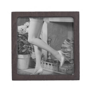 Woman Dancing Premium Jewelry Box