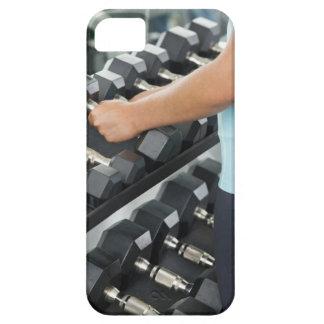 Woman lifting dumbbells 2 iPhone SE/5/5s case
