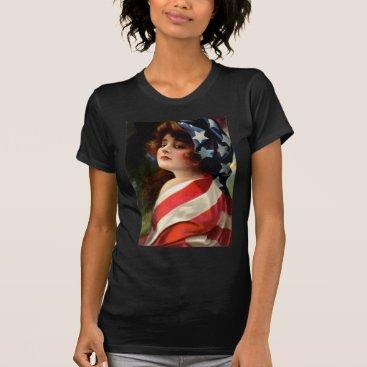 kinhinputainwelte Woman US Flag 4th of July T-Shirt