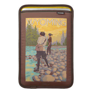 Women Fly Fishing - Wyoming Sleeve For MacBook Air