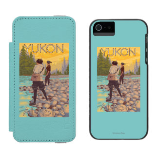 Women Fly Fishing - Yukon, Alaska iPhone SE/5/5s Wallet Case