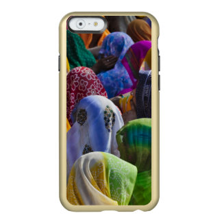 Women in colorful saris gather together incipio feather® shine iPhone 6 case