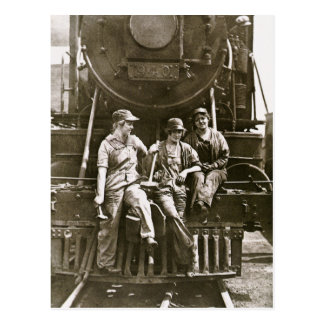 Women Locomotive Mechanics 1918 WWI Postcard
