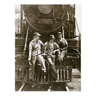 Women Locomotive Mechanics 1918 WWI Post Card