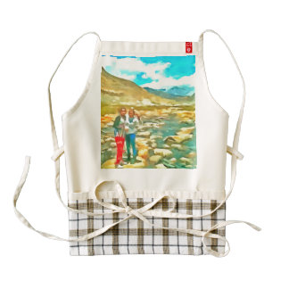 Women on a tocky mountain stream zazzle HEART apron