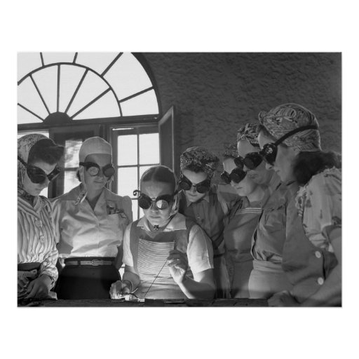Women Welding, 1942 Poster